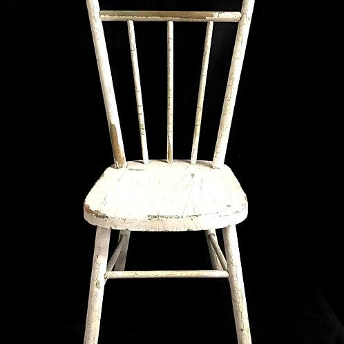 Chippy White Child's Chair
