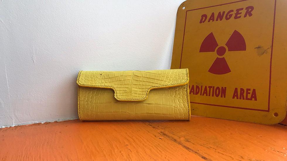 Canary Alligator clutch