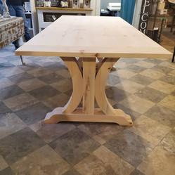 Tressel Table