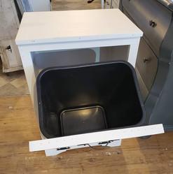 Garbage Bin (Open)