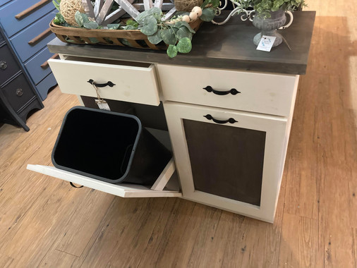 Double Garbage Bin Storage
