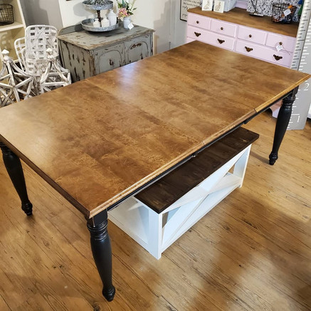 Dining Room Table (One Leaf)