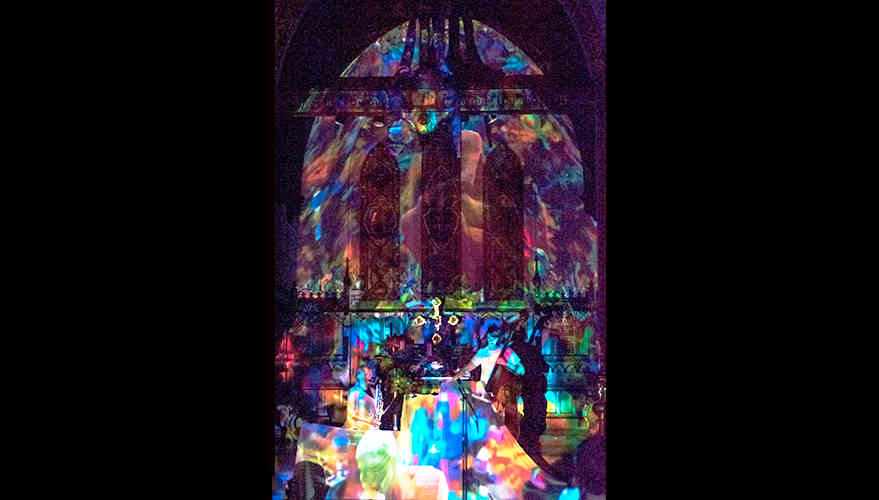 Church_projectionMapping.jpg