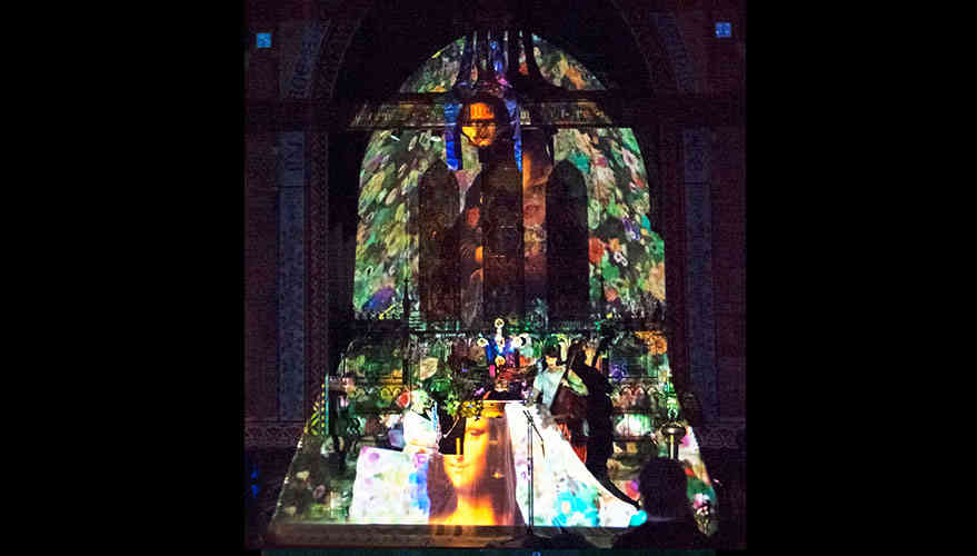 Church_projectionMapping4.jpg