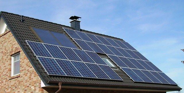Rooftop solar plant (Pune)