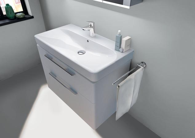2016 Bathroom 06 Smyle.tif_bigview.jpg