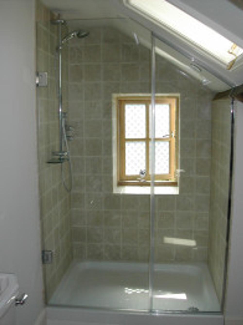 bespoke glass southampton bathrooms