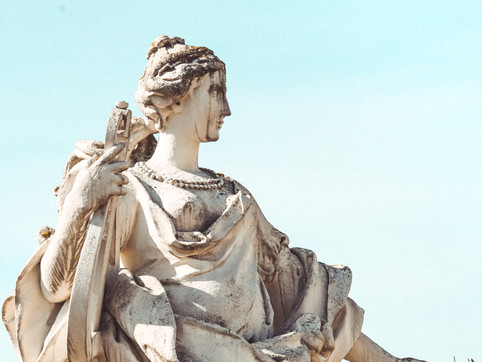 4 keys to happiness, according to ancient greek philosophers