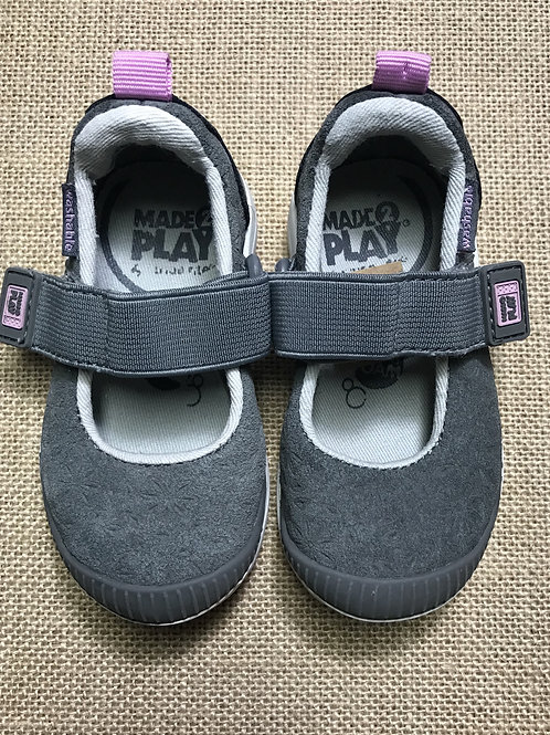 Stride Rite Shoes Made2Play- Gray - Size 4
