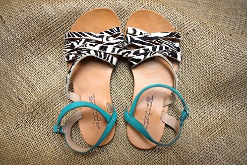 Zara Girls Sandals - Black and White - Size 10