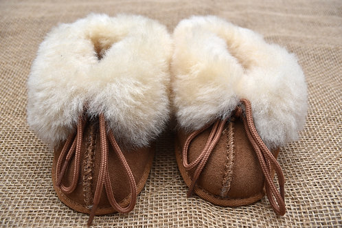 Cloud Nine Sheepskin Booties - Size 4