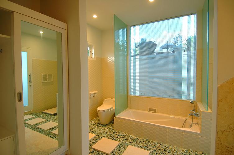 バスルーム 1