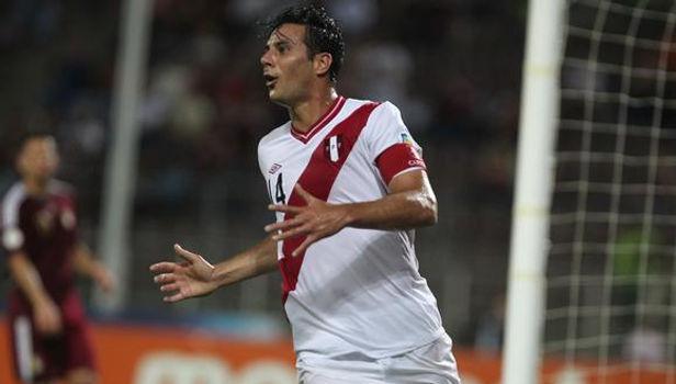"""Claudio Pizarro: """"Fue un honor ser el capitán de Perú"""""""