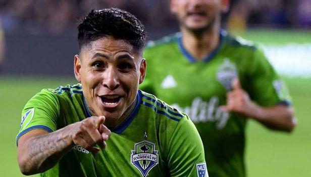EL delantero peruano, Raúl Ruidíaz fue elegido en equipo ideal 2020 de la MLS
