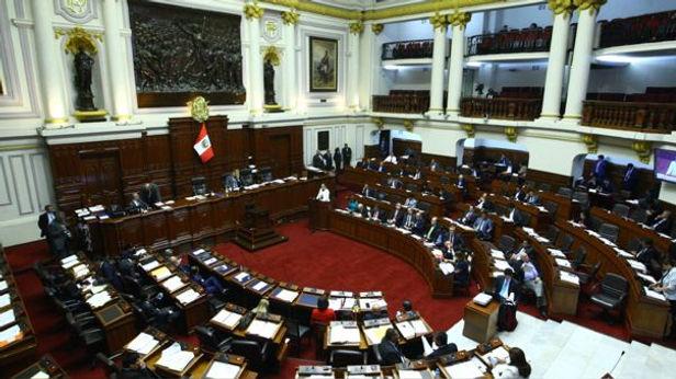 Aprueban reelección inmediata de Alcaldes y Gobernadores