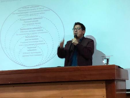 Profesor Ravanal comparte algunas ideas y hallazgos de investigación en la Universidad Bernardo O´Hi