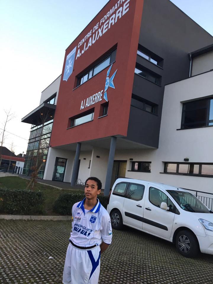 Le club souhaite toute la réussite à Nicolas MERCIER (U14)