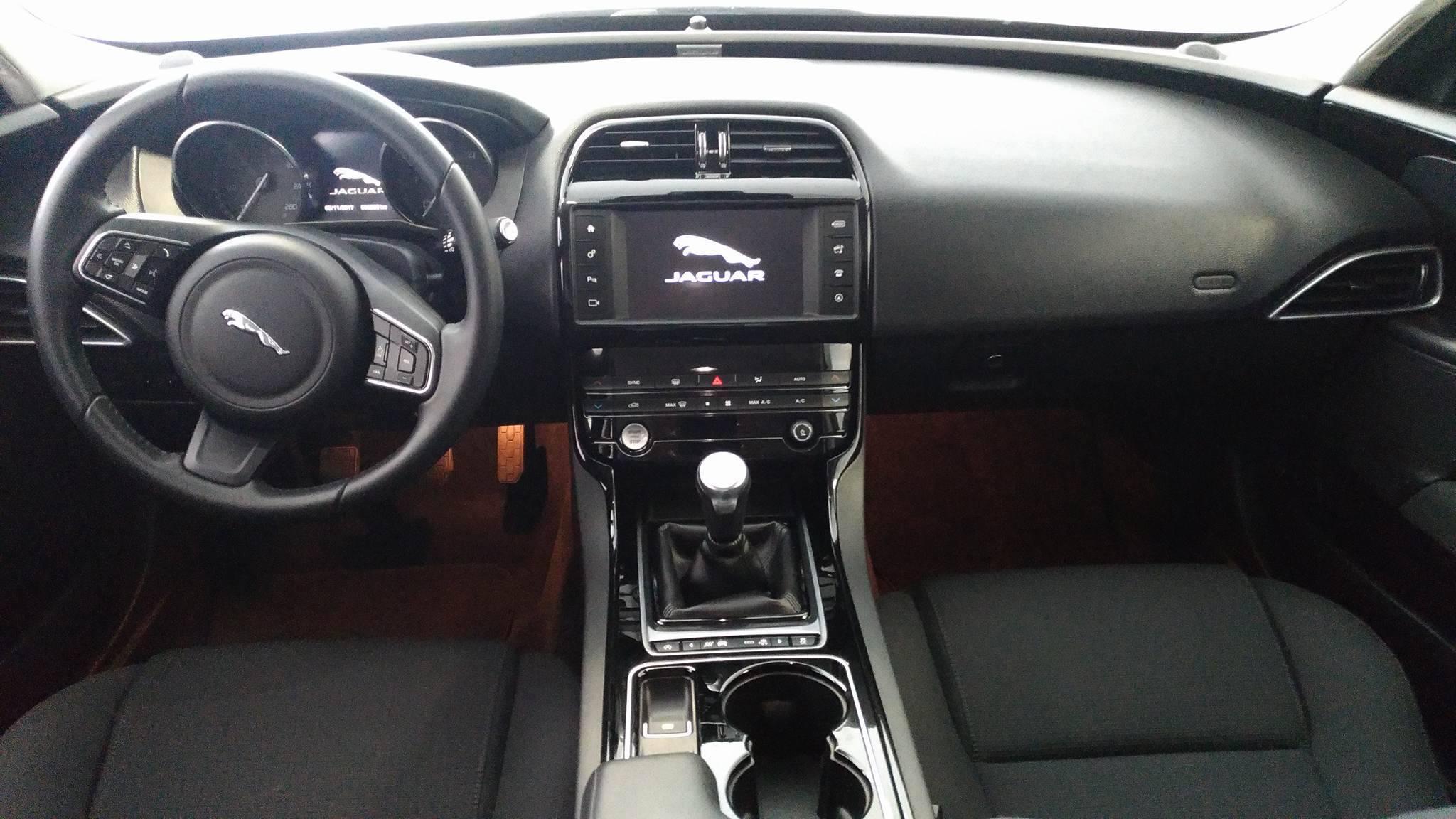 Jaguar Xe 2.0 D 163chegar Pure Clima