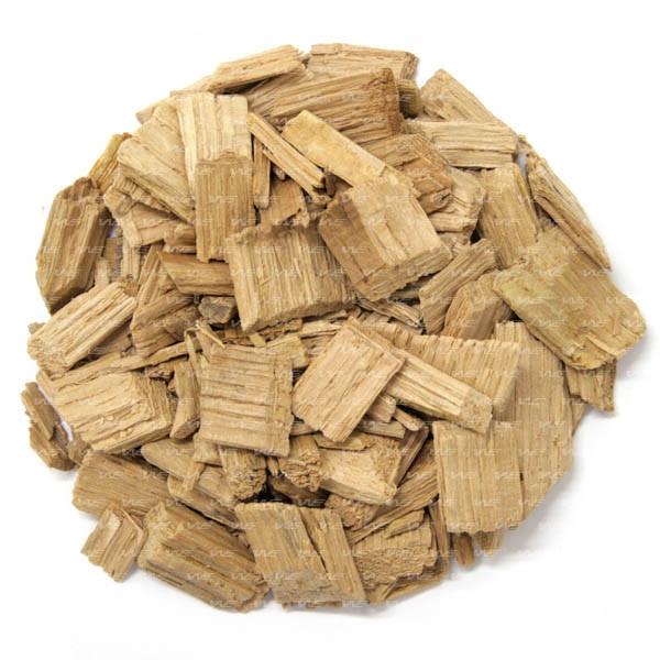 Chips de carvalho francês não tostado. Aroma de baunilha, complementado por côco, damasco, pêssego, chá verde e menta.