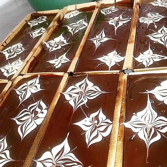 """Instagram - מתכוננים לסופ""""ש. אחת העוגות הפופולאריות אצל נוניס; עוגת שוקולד ושוקו"""