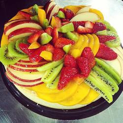 Instagram - טארט פירות טריים מתוצרת מקומית. דרך מצויינת לחגוג את ט״ו בשבט. נוניס