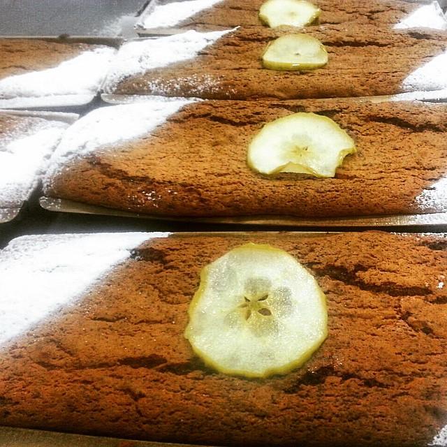 Instagram - Tea break.jpg Poppy seeds & Granny Smith apples cake.jpg