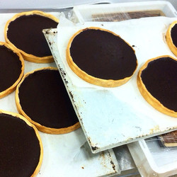 Instagram - טארט שוקולד בהכנה