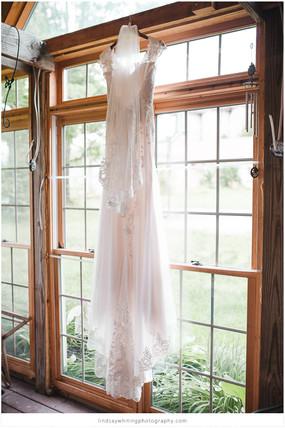 Mear's   Louisville Wedding Photographer