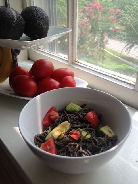 Healthy Food Swap: Black Bean Pasta
