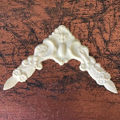 Shell-and-Leaf-Efex-Appliqué-01