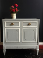 bedside-chest-painted-in-jolie-paint-mis