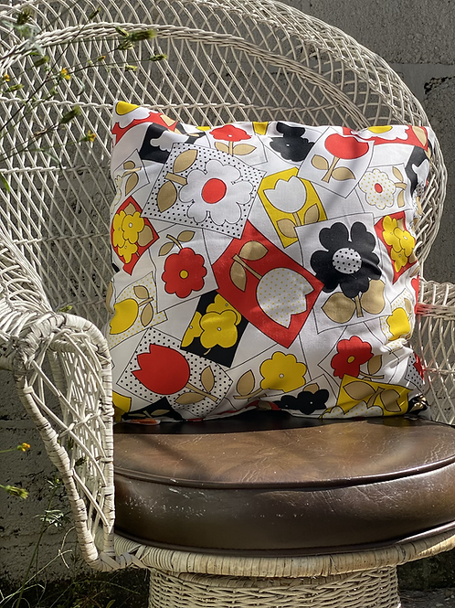 Primary Floral Pillow Set