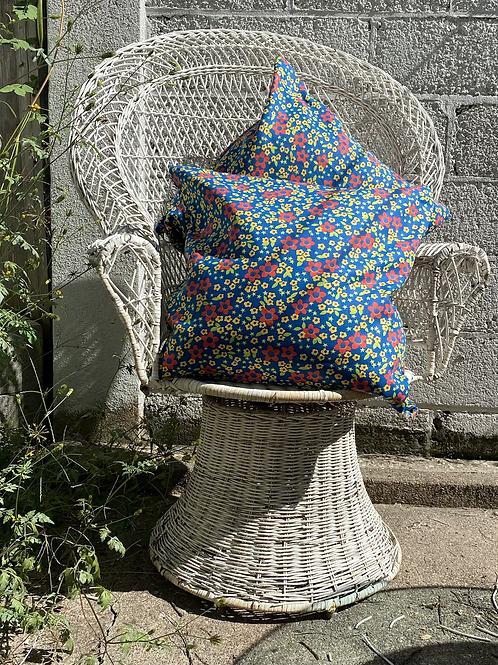 Floral & Stars Pillow Set