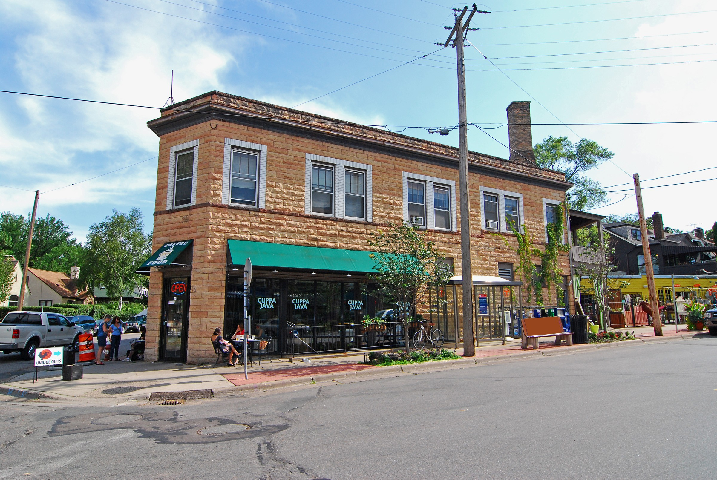 Shop in Bryn Mawr neighborhood in Minneapolis