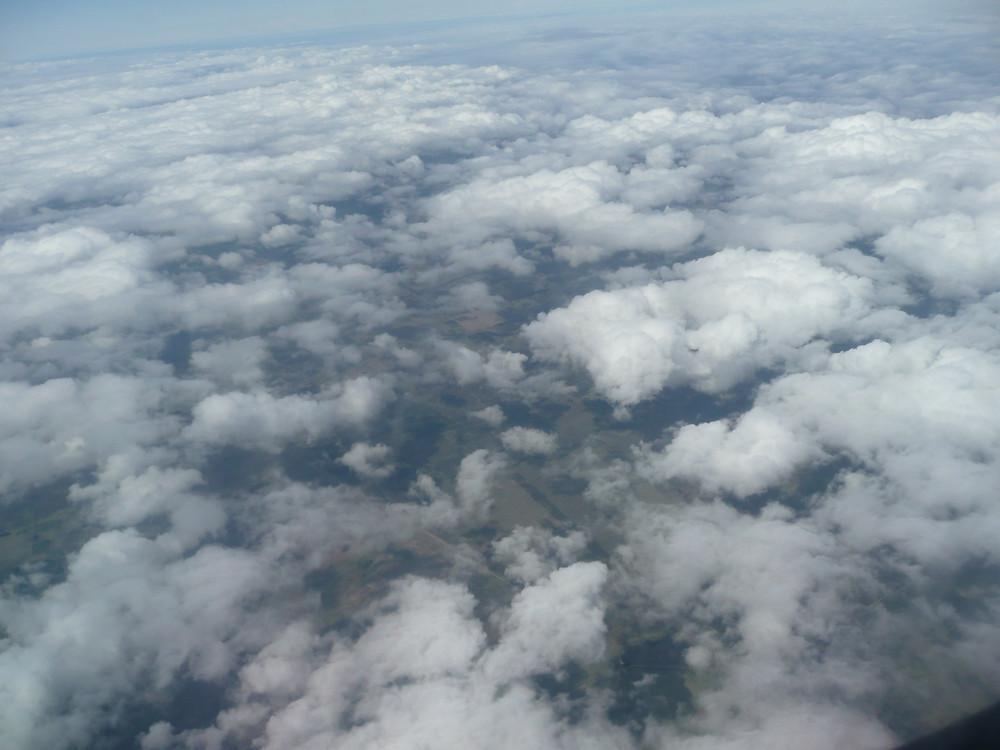 Vista de las nubes desde un avión