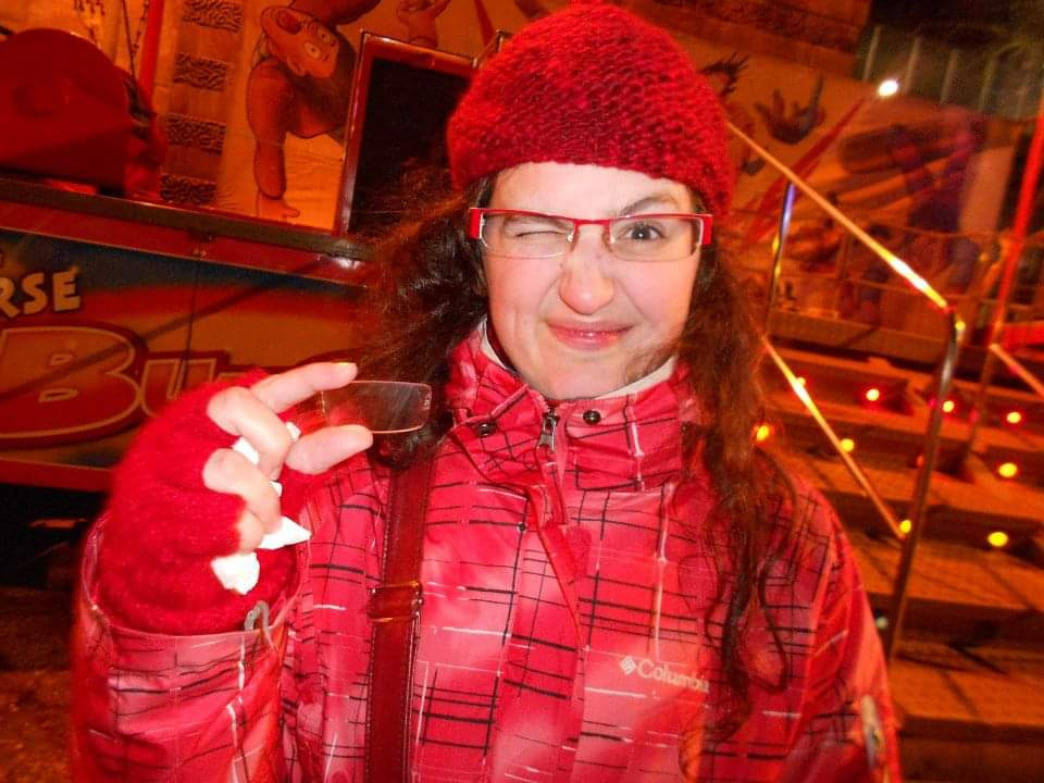 broken glasses, carnival, bungee
