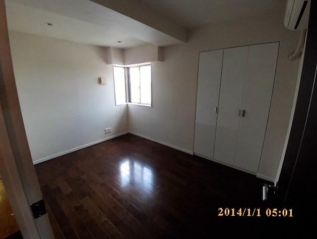 No.3 bedroom.JPG