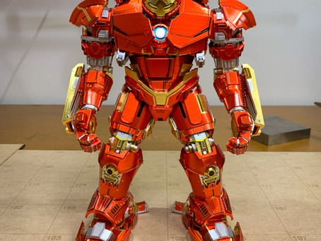 Piececool Hulkbuster! Huge and intimidating. But not that difficult really! Thoughts, where to buy.