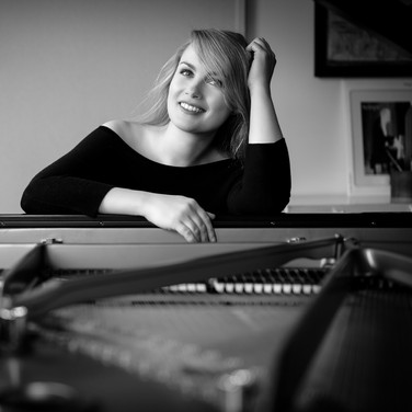 KATHARINA TREUTLER ▪ piano