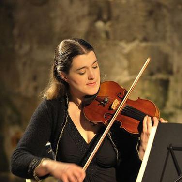 SUZANNE MARIE ▪ violon
