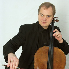 TROELS SVANE ▪ violoncelle
