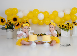 cake smash sunflowers