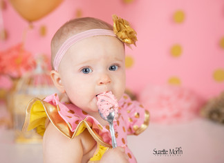 cake smash pink and gold