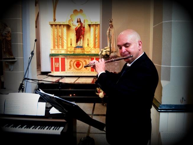 Igor at Catholic wedding ceremony