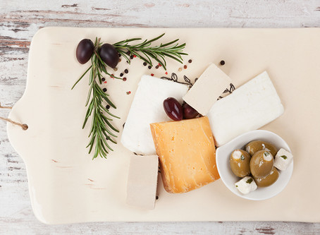 Eating cheese when you are avoiding cow's milk, is it possible?