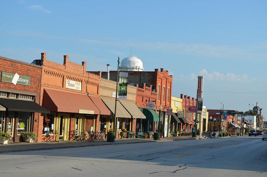 Grapevine Main St Picture.jpg