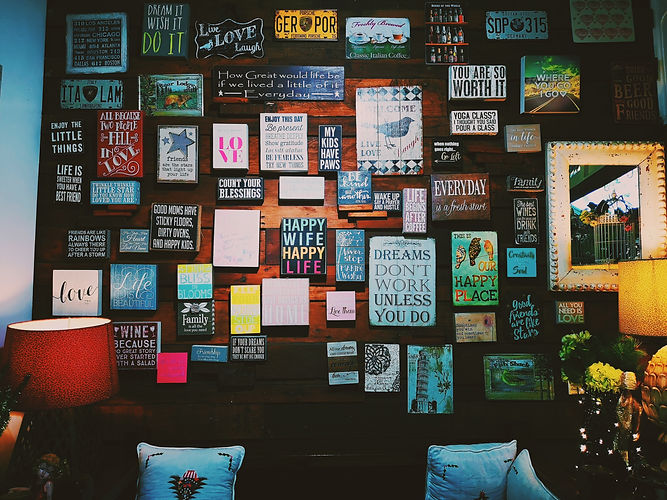photo-of-assorted-letter-board-quote-han