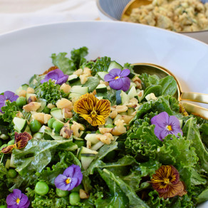 """Spring Green Salad with Oil-Free Chickpea """"Tuna"""""""