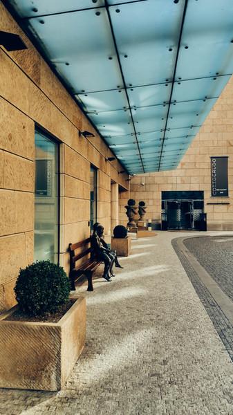 four_seasons_hotel-3.jpg