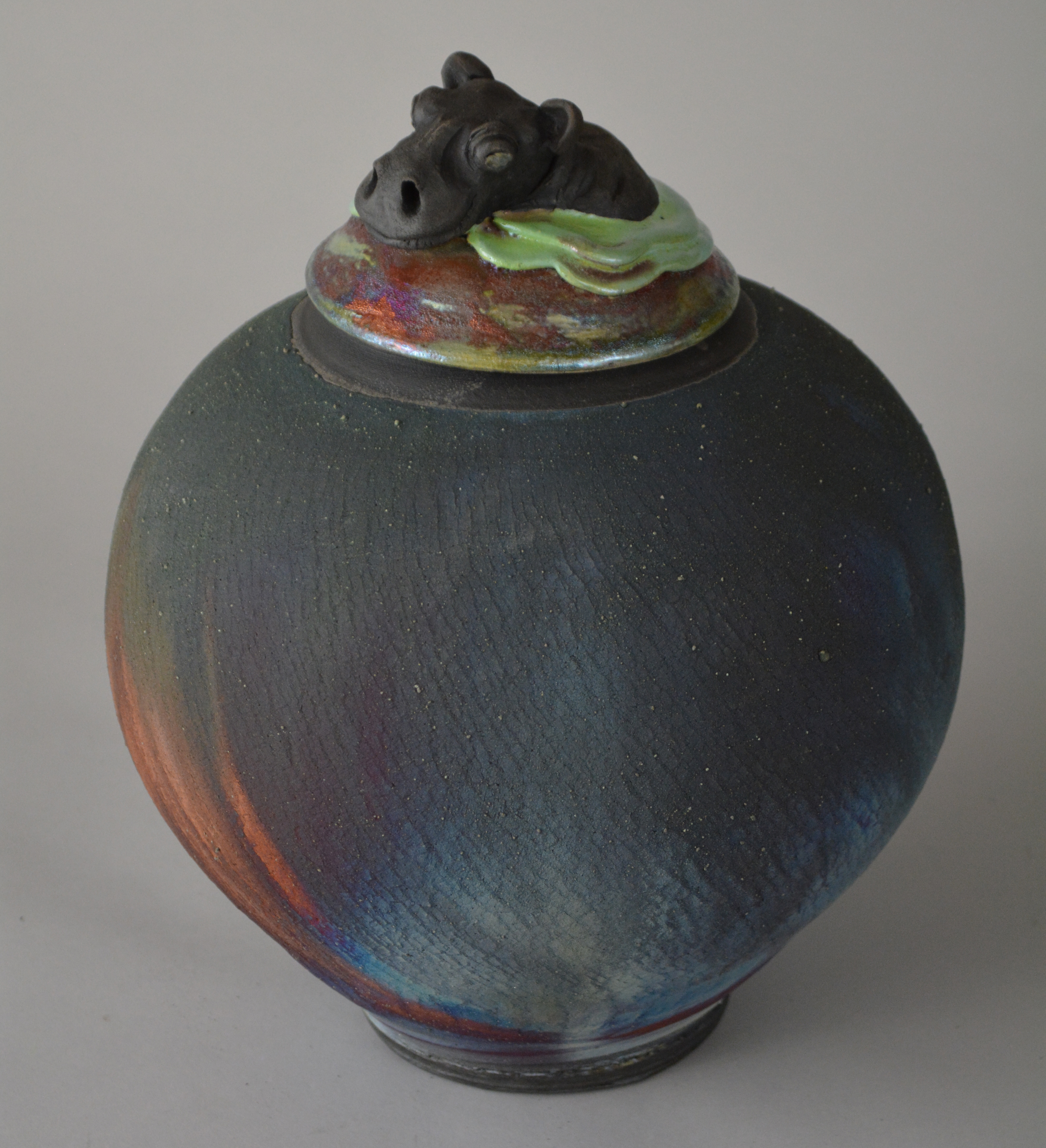 Hippo jar